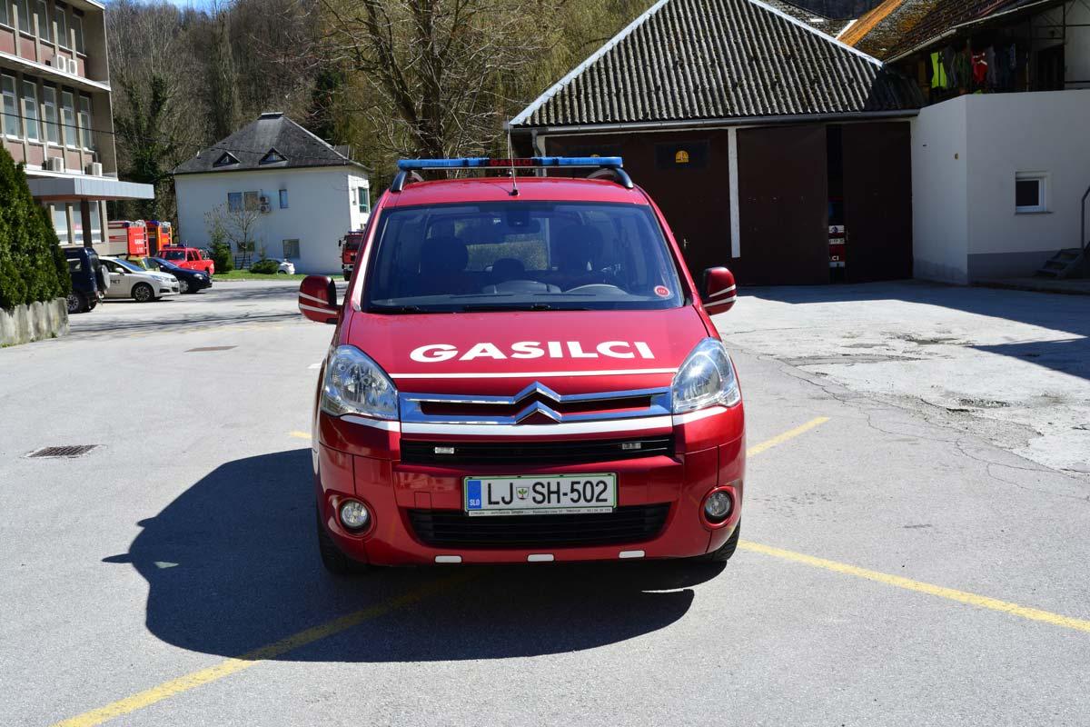 Gasilsko vozilo zveze/poveljniško vozilo GVZ-1 (PV-1)